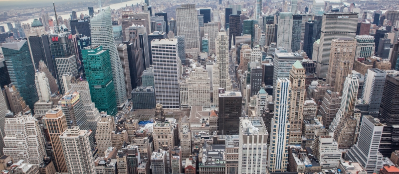 Midtown_Manhattan_and_Times_Square_district_2015[1]